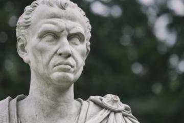 La centralización política acabó con la república romana